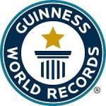 """En 2010, consiguió su primer Guinness World Record™ en la disciplina de resistencia cortando jamón, con 24 horas, 54 minutos y 6 segundos.  *EL día 15 de Noviembre de 2012, Fran Alonso consiguió su segundo desafío, batir el Guinness World Record™ """"La loncha de jamón ibérico más larga del mundo"""""""